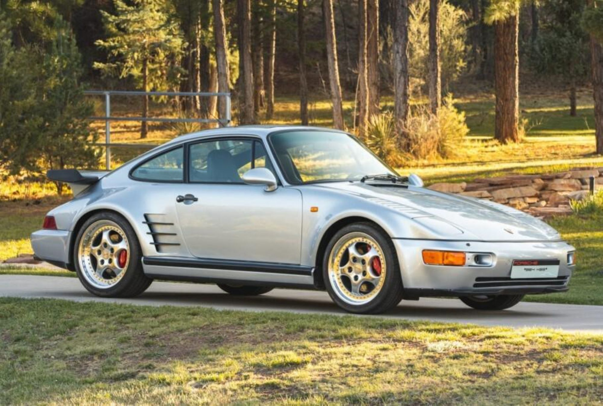 Rare Porsche 911 to be auctioned in USA